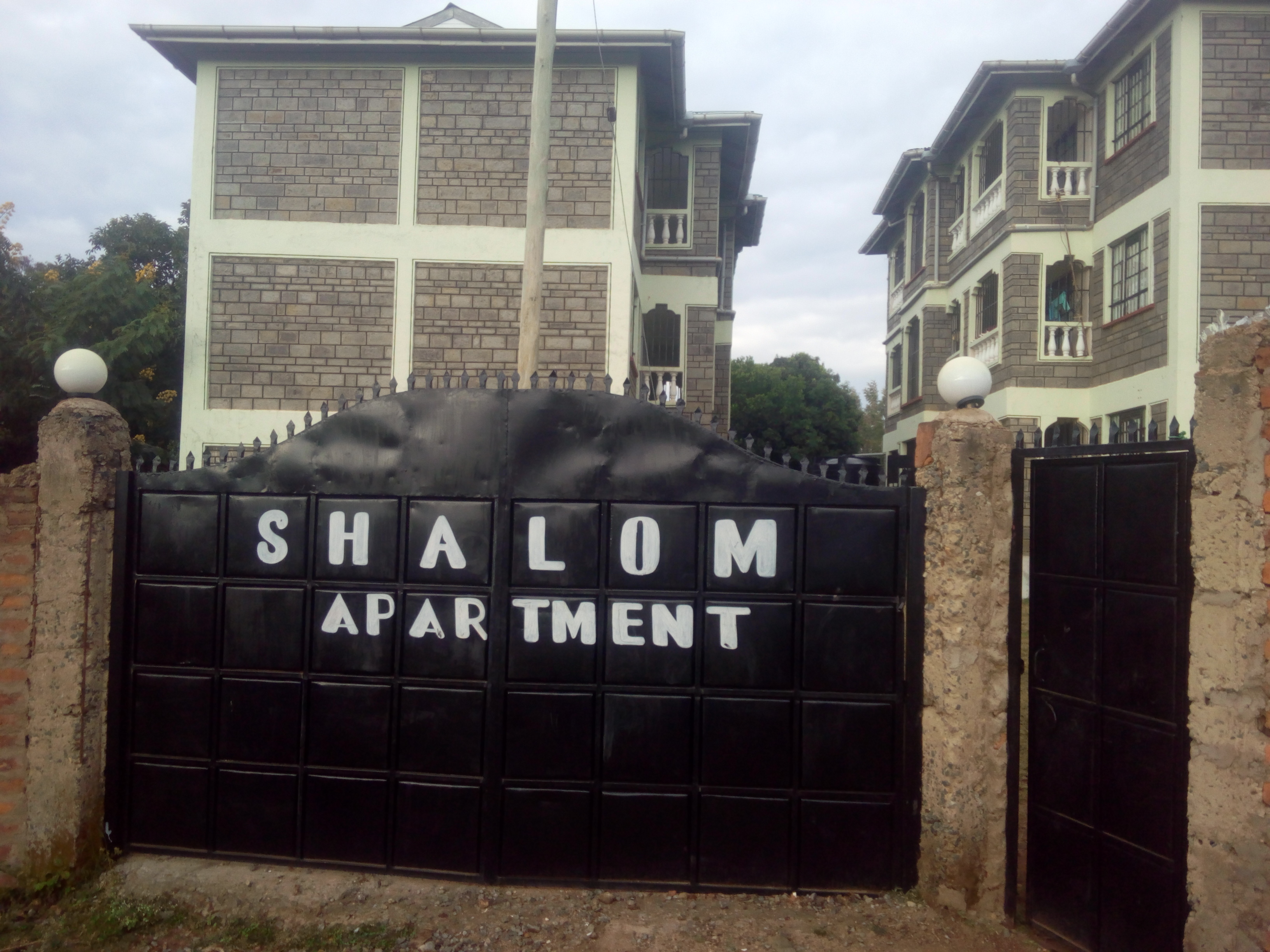 shalom apartment mamboleo for rent