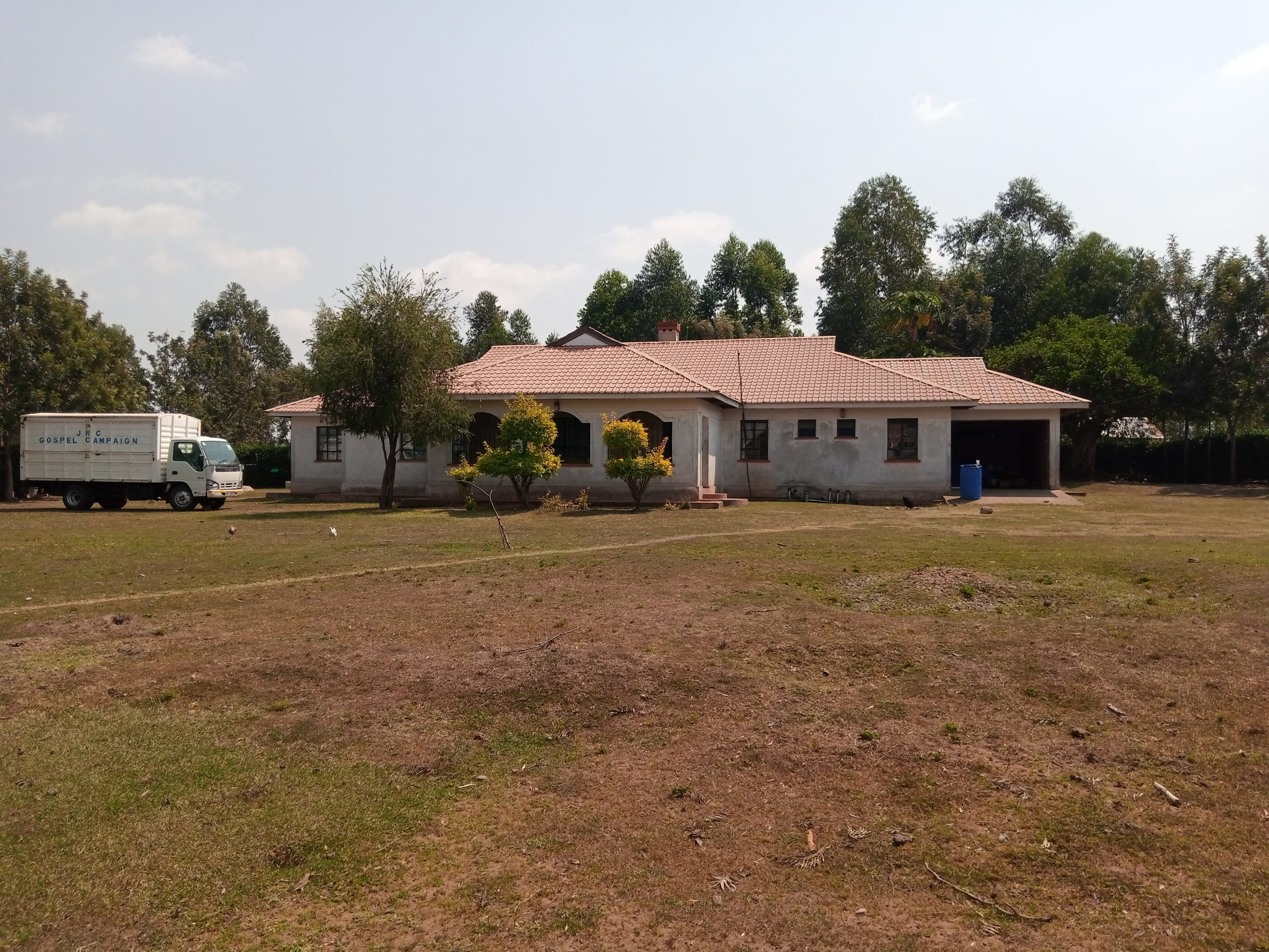 7 Bedroom Bungalow House for Sale Migori, Bondo Nyironge Area